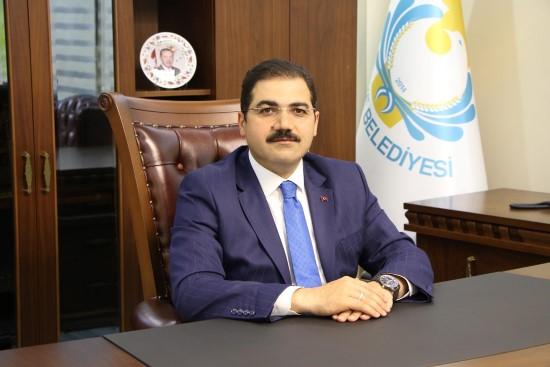 Canpolat, 30 Ağustos Zafer Bayramını kutladı