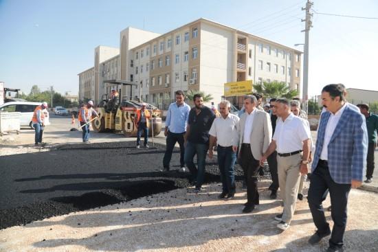 Şanlıurfa'da asfaltlama çalışmaları devam ediyor