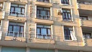 6'ncı kattan atlayan genç kız yaşam mücadelesini kaybetti