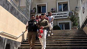 Gençlere hesap açtırıp 5 milyon liralık vurgun yapan çete çökertildi