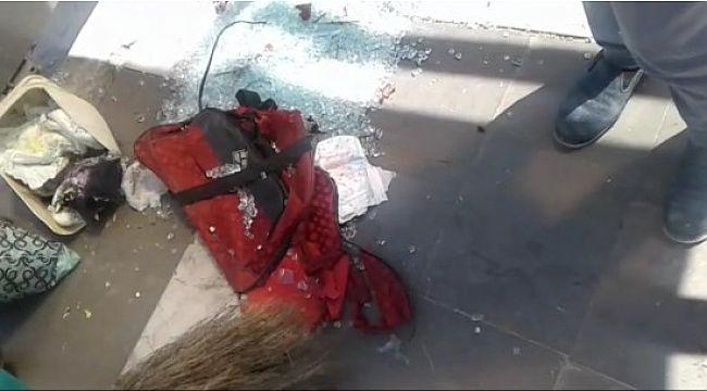 Şüpheli çanta fünye ile patlatıldı
