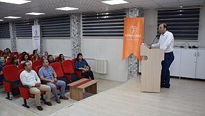 Viranşehir'de iletişim seminerleri başladı