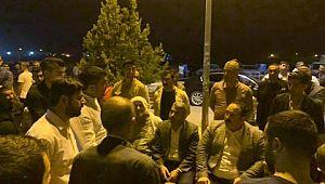 Başkan Ekinci havanlı saldırılarda yaralanan hasta yakınlarını ziyaret etti