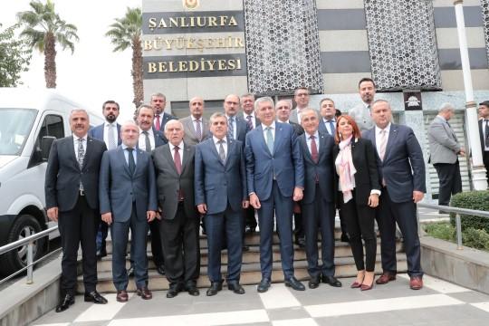 Beyazgül, İstanbul'lu iş adamlarıyla görüştü