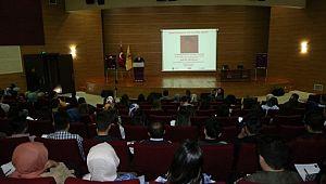 DÜ'de 'Zoraki evliliklere sıfır tolerans' konferansı