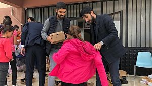 İhtiyaç sahibi öğrencilere kışlık kıyafet dağıtıldı