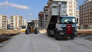 Karşıyaka'da yeni yol yapım çalışması