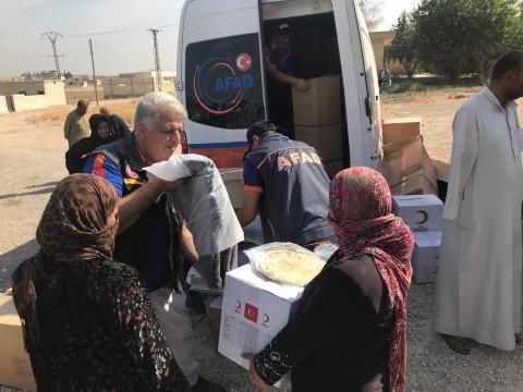 Sınırdan 11 bin 423 kişi tahliye edildi