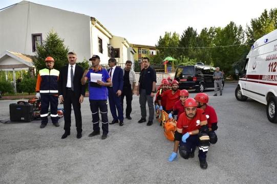 Türkiye Afet Müdahale Planında sağlıkçılara tam not