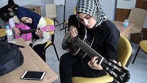 Haliliye'de Belediye kurslarına yoğun ilgi