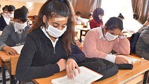 Lösemili Birgül için tüm öğrenciler maske taktı