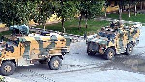 Sınırda askeri araç hareketliliği devam ediyor