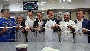 Sınırdaki askerlere 250 kilogram kol böreği