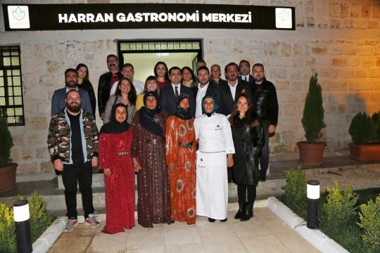 Ünlü şeflerden Harran gastronomi merkezi ve gözlem evine tam not