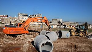 Büyükşehir Akçakale caddesinin altyapısını güçlendiriyor