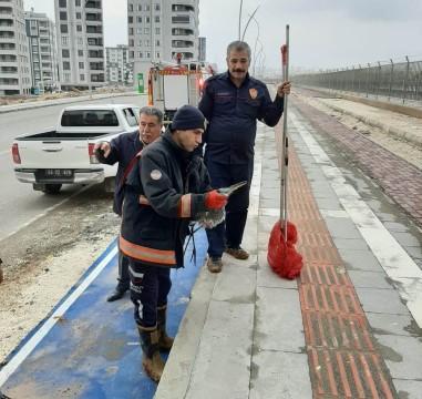 Kanala düşen leyleği itfaiye ekipleri kurtardı