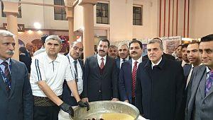Karaköprü Belediyesi İzmir fuarında yerini aldı