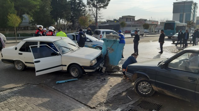 Polisten kaçan ehliyetsiz sürücü kaza yapınca yakalandı