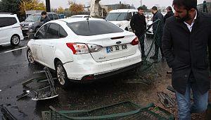 Sağanak yağış trafik kazasını beraberinde getirdi