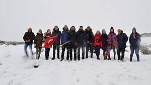 Sarıkamış şehitleri için Karacadağ'a tırmandılar