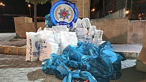 Yemlerin arasına gizlenmiş 20 bin paket kaçak sigara ele geçirildi