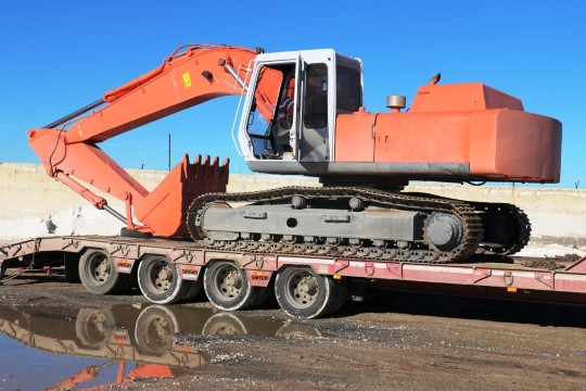 Akçakale belediyesine yeni iş makinesi (Videolu Haber)