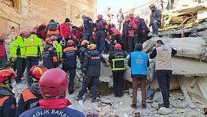 Büyükşehir'den depremzedeler için 24 saat kesintisiz hizmet