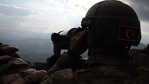 "MSB: ""2 PKK/YPG'li terörist daha hudut karakolumuza teslim oldu"""