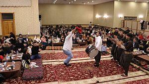 Şanlıurfa'da davullu zurnalı yılbaşı kutlaması