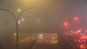 Şanlıurfa'da yoğun sis etkili oldu, trafik durma noktasına geldi