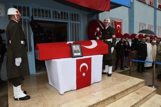 Şehit piyade onbaşı Mustafa Alpaklı toprağa verildi
