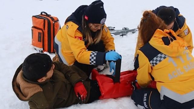 Siverek'te sağlık ekiplerinin zorlu kış mesaisi
