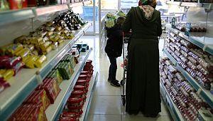 Sosyal market kapılarını vatandaşlara açtı (Videolu Haber)