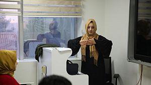 Haliliye'de işaret dili eğitimi sürüyor (Viderolu Haber)