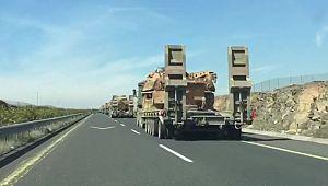 İdlib sınırına çok sayıda tank sevkıyatı yapıldı