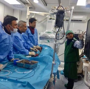 İki hastanın kalp delikleri ameliyatsız yöntemle kapatıldı