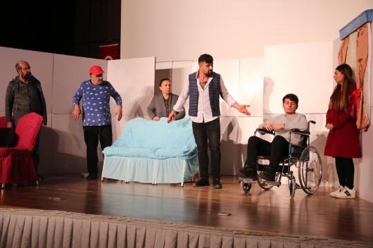 """Karaköprü'de """"engelime engel olma"""" tiyatrosu sahnelendi (Videolu Haber)"""