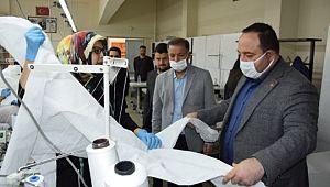 Başkan ekinci tulum ve maske üretim atölyesini ziyaret etti
