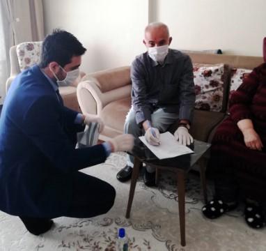 Dicle Elektrik 65 yaş üstü müşterilerinin taleplerini evlerinde karşılıyor