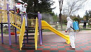 Karaköprü'de 116 park dezenfekte edildi (Videolu Haber)