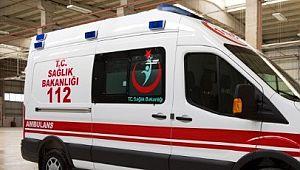 Üstüne garaj kapısı devrilen çocuk hayatını kaybetti
