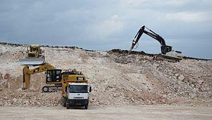 Viranşehir belediye şantiyesinin temeli kazılmaya başlandı
