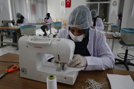 Haliliye'de hedef 400 bin maske (Videolu Haber)