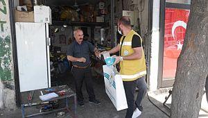 Haliliye'de maske dağıtımı sürüyor