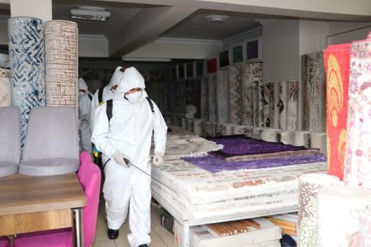 Karaköprü'de iş yerleri dezenfekte ediliyor(Videolu Haber)
