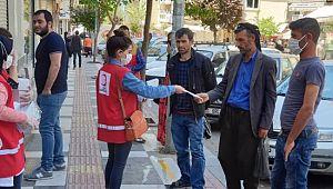 Şanlıurfa'da ücretsiz maske dağıtılıyor