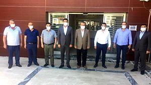 Ak başkan Ağan'dan Karaköprü Belediyespor'a ziyaret