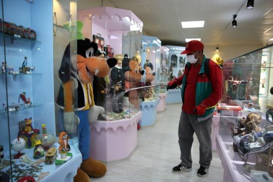 Karaköprü'de oyuncak müzesi çocuklara hazırlandı (Video)