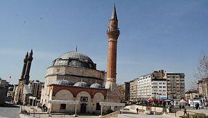 Şanlıurfa'da 2 bin 67 camii bulunuyor