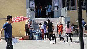 Şanlıurfa'da AYT heyecanı başladı (Video)